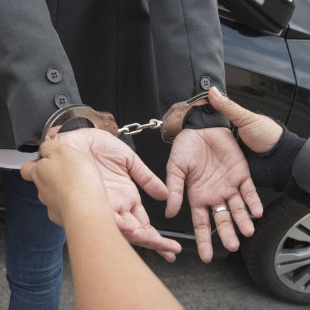 Man handcuffed to represent bail bond necessity
